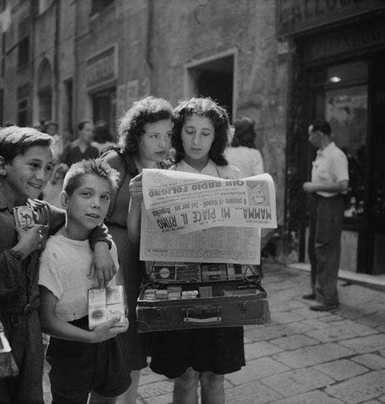 Werner Bischof: Naples, Italy, 1946© Werner Bischof Estate / Magnum Photos