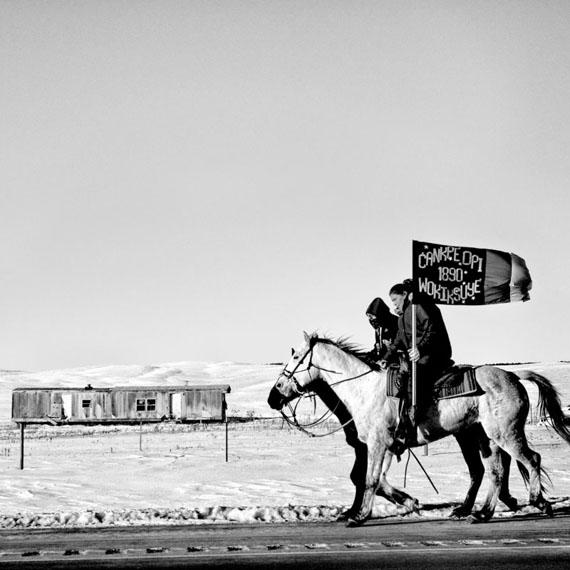Matt Black: Commemoration of the Wounded Knee Massacre, Pine Ridge, South Dakota, USA, 2016© Matt Black / Magnum Photos