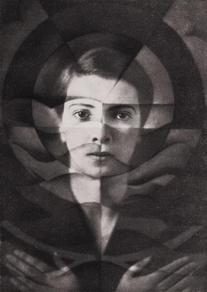 Yva: Selbstportrait, Berlin 1926, Silbergelatine, Mehrfachbelichtung, Foto: DVM