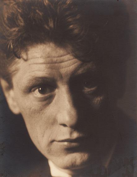 Lotte Jacobi: Der Maler Josef Scharl, 1926, Silbergelatineabzug, Privatbesitz
