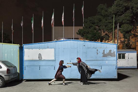 """Shirin Abedi: """"May I Have This Dance"""" © Shirin Abedi / Courtesy Vonovia Award für Fotografie (Shortlist """"Beste Nachwuchsarbeit"""" 2020)"""