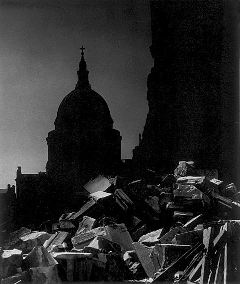 Bill BrandtSt. Paul's Cathedral in the moonlight, 1942Private collectionCourtesy Bill Brandt Archive and Edwynn Houk Gallery © Bill Brandt / Bill Brandt Archive Ltd.