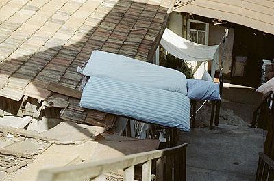 Eva_Bertram: bett auf dach