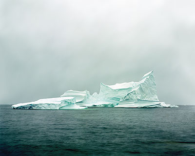 © Olaf Otto Becker, Oquaatsut 269°20'18''N, 51° 00'18''W, 07/2003112x134 cmPigmentdruck auf  MuseumskartonAuflage 5