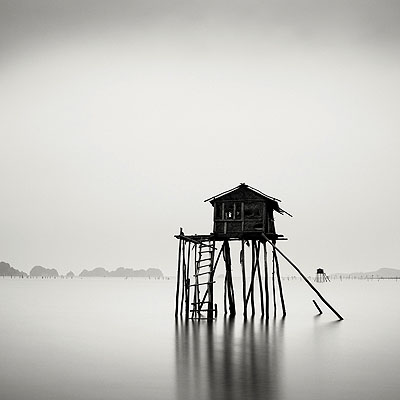 Fragile Hut, Vietnam © Josef Hoflehner