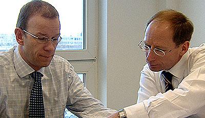 Verhandlungsmarathon: Bei Venture Capital geht es um ein hohes Risiko, großen Einsatz und enorme Profitmöglichkeiten.  © ZDF/WDR