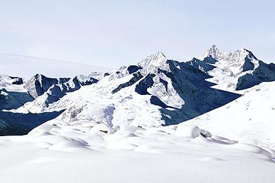 © Jacques PuginDent Blanche. De la série La montagne s'ombre, 2005