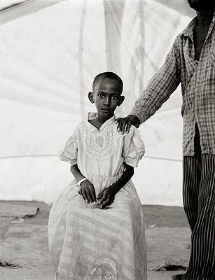 Hadija and her father Badel Addan Gadel, Somali refugee camp, Mandera, Kenya © Fazal Sheikh 2009