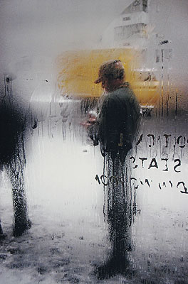 Saul LeiterSnow, 1960© Saul Leiter, courtesy Galerie f5,6 München