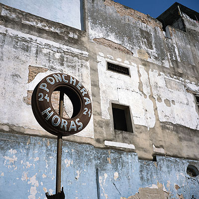 Tire, 2006 © Charles Johnstone