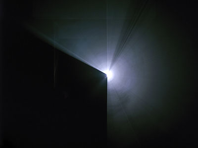 Anthony McCall: Line Describing A Cone, 1973. 16-mm-Filminstallation; 30min; . Installationsansicht Julia Stoschek Collection, Düsseldorf Foto: Achim Kukulies