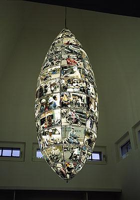 Claus Föttinger: Hanoi/Saigon, 2007. Installationsansicht Julia Stoschek Collection, Düsseldorf. Courtesy of the artist (C) Foto: Ivo Faber