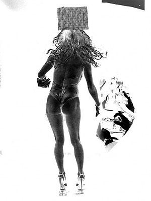 Clunie Reid, Detail, Take No Photographs, Leave Only Ripples, 2009 (detail), Courtesy of MOT International, © Clunie Reid