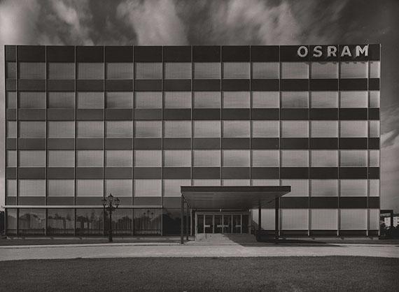 Heinrich Heidersberger, Osramhaus, München1966, Silbergelatinepapier, Kunstbibliothek, Sammlung Fotografie, © Heinrich Heidersberger / institut heidersberger, Wolfsburg
