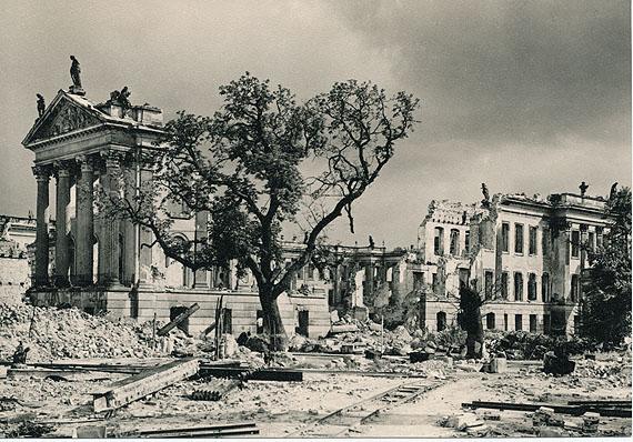 Ruine Stadtschloss Potsdam 1946 © Max Baur Archiv