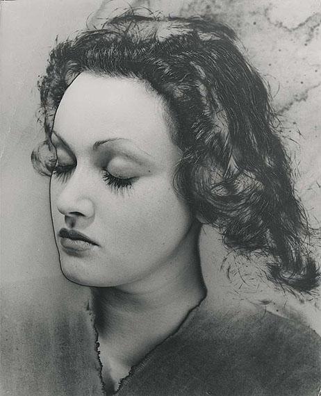 Manina - Paris 1936, vintage gelatin silver print, 30 x 24.3 cm