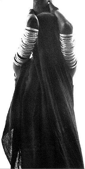 Mirella Ricciardi, Veiled Orma Woman, Kenya, 1969