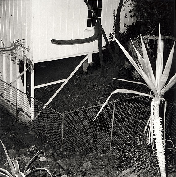 "Mike Mandel / Larry SultanFrom: ""Evidence"" (Beweis), 1977/2005Gelatin-silver print, 19 x 19 cm© Sultan/Mandel"