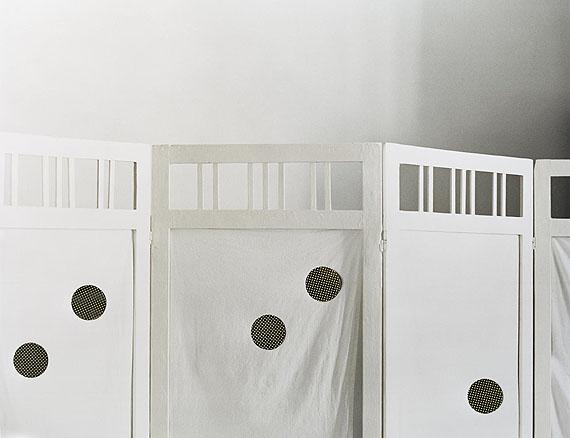 Shelter, from the series Grey Diary, 2006-08Digital C-print (Lambda) on aluminium100 x 130 cmEdition of 52008 © Niina Vatanen / courtesy Gallery TAIK