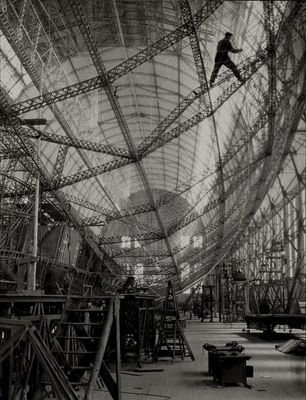 """Emil Otto HoppéGerippe des """"Graf Zeppelin"""", Friedrichshafen, 1928© The E.O. Hoppé Estate Collection at Curatorial Assistance, Inc., Pasadena, California"""