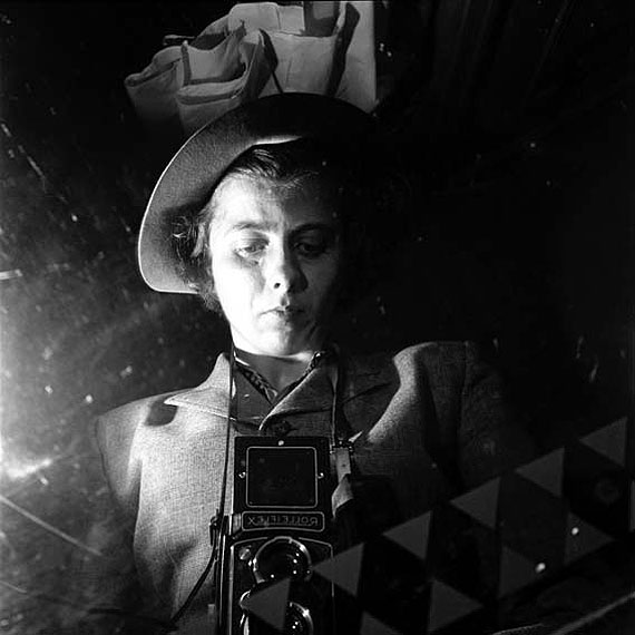Vivian Maier: Twinkle, twinkle, little star # 1, Untitled, (Selfportrait New York) , Epson UltraChrome K3 archival inks, Epson UltraSmooth Fine Art Paper, 30,5 x 30,5 cm (12 x 12 inches), Later Print