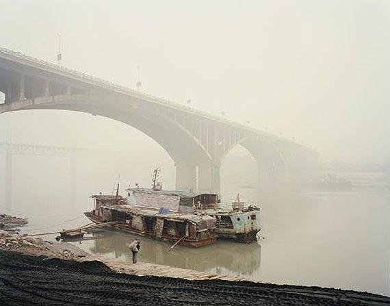 © NADAV KANDER, YIBIN V, SICHUAN PROVINCE, 2007