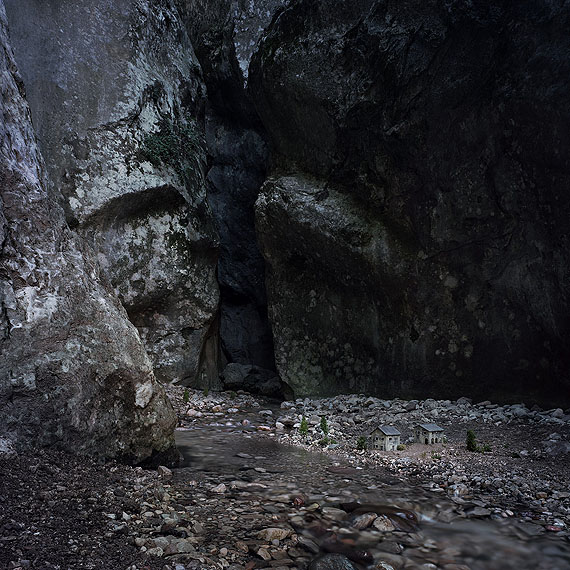 Thomas Wrede, At the River, 2009, Lambda Print Diasec, 170 x 170 cm