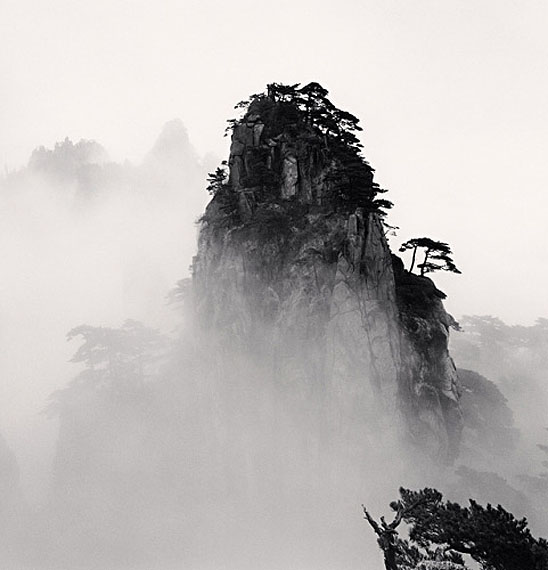 Michael KennaHuangshan Mountains, Study 11, Anhui, China, 2008Edition von 45Gelatin Silver Print, Sepia tonedca. 20 x 20 cm