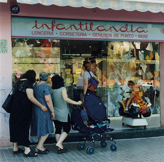 Carrer Llul, Besós NeighbourhoodBarcelona, 2001© Patrick Faigenbaum