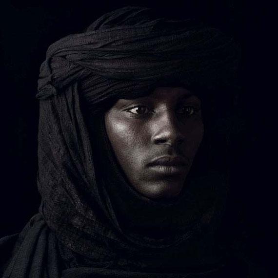 © Jean-Baptiste Huynh, Monochrome – Portrait, 2011