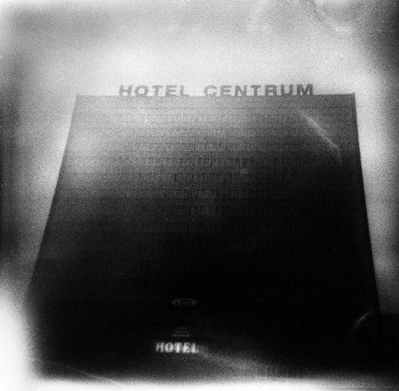 Michael Ackerman, Half Life, Courtesy: VU' la Galerie