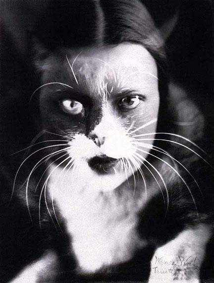 Wanda Wulz. Me + cat, 1932