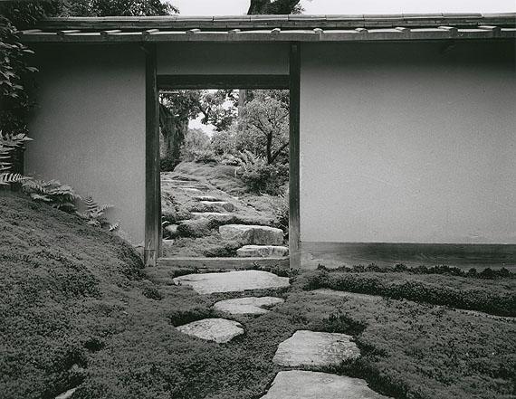 Katsura: GartentürhinterdemEingang, 1953/54©IshimotoYasuhiro