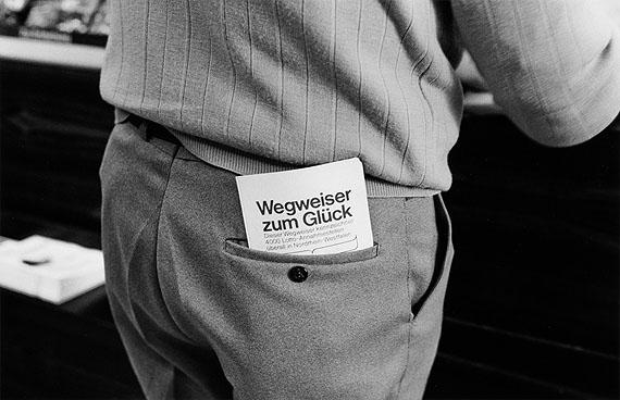 Wilhelm Schürmann: Lotto-Werbung, 1980, Dortmund-Steinhammerstr.aus dem Projekt: Wegweiser zum Glück. Bilder einer Straße 1979-1981© Die Photographische Sammlung/SK Stiftung Kultur, Köln 2012