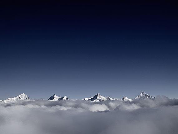 © Carsten Görling: Bärge_12, Schweiz 2011, 80 x 60 cm, Diasec, Auflage 10 + 1 APCourtesy so what gallery