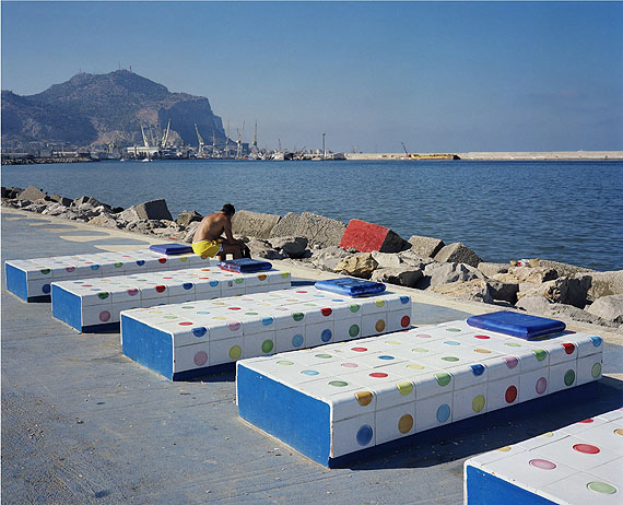 Wim Wenders, Sun Bather, Palermo, 2007, C-Print, 132 x 148 cm.© Wim Wenders. Courtesy Wenders Images