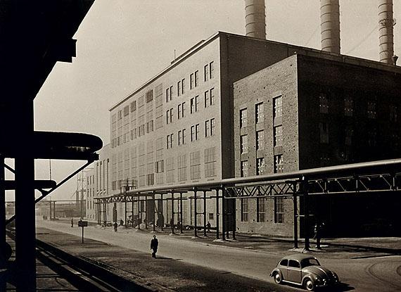 LOT 1086Paul Wolff (1887–1951) Kraftwerk nach dem WiederaufbauVintage silver print12,8 x 18 cm (5 x 7,1 in)1951