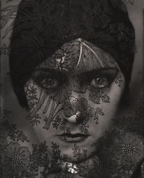 Edward Steichen: Gloria Swanson, 1924The Museum of Modern Art, New York© Photo SCALA, Florenz, The Museum of Modern Art, New York, 2012 Condé Nast, courtesy Gloria Swanson Inc.