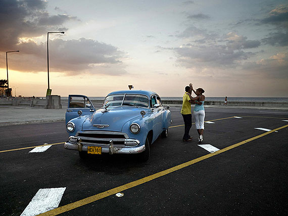 'Chevy Azul y Pareja bailando' © José María Mellado