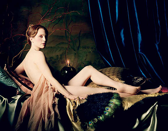 ©Michael Thompson: Julianne Moore as Ingres's Grand Odalisque, New York, 2004, 102x122 cm, Edition 5