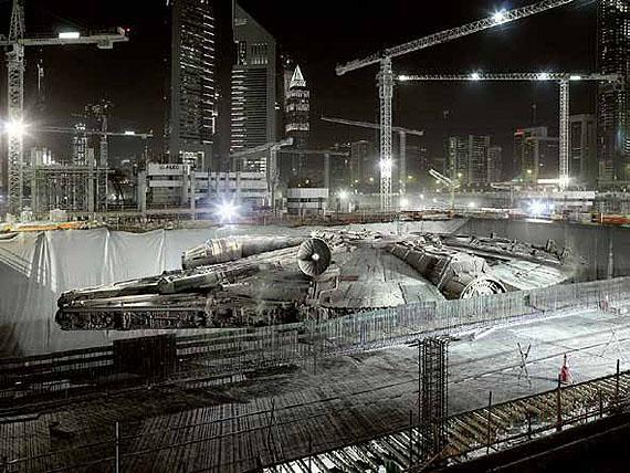 Dark Lens, The Falcon's Hiding Place,Dubai, 2009© Cédric DelsauxCourtesy Acte 2 Photo