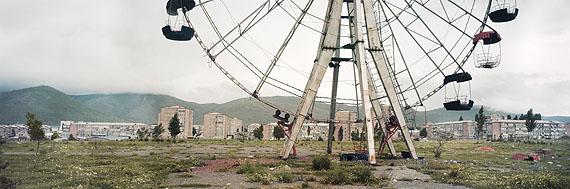 Wim Wenders, Ferris Wheel (Reverse Angle), Armenia, 2008 © Wim Wenders