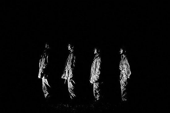 Alex MajoliNorthern Alliance troops marching, Dasht-e-Qala, Northeast region, Afghanistan 2001©Alex Majoli/Magnum Photos