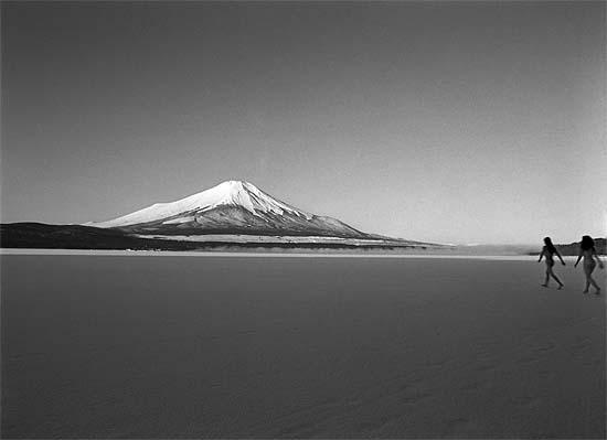 RongRong & inri in Fujisan, Japan. 2001