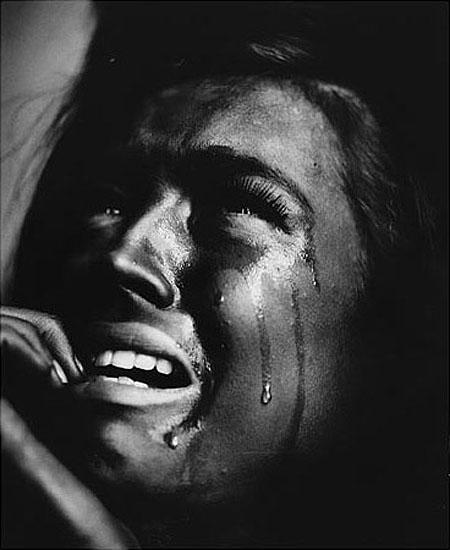>Crying, 1990, Silver Gelatin Print, 110 x 150 cm, Edition of 15