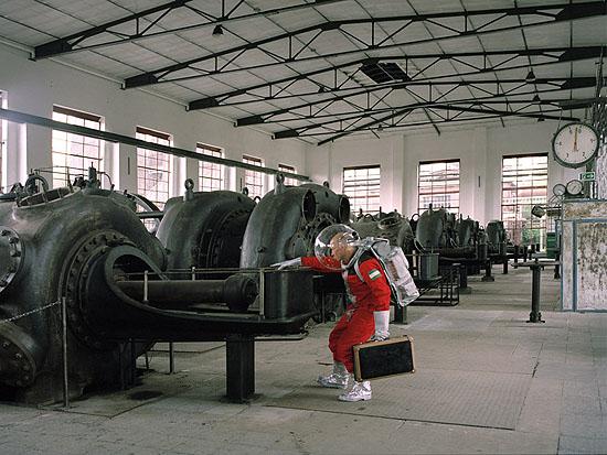 Tobias Uhlmann, Transit/Reise durch das Ruhrgebiet, Dortmund, 2005; 45/60 cm, Lambdaprint