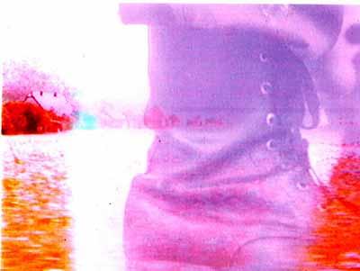 Eva Brunner-Szabo, War Requiem. Liebe & Anarchie III, 1994/2002, 1:50 min, Video