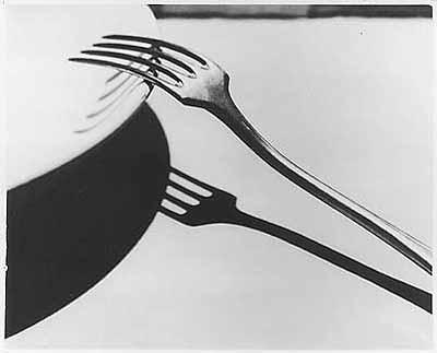 André KertészDie Gabel, 1928; SilbergelatineMuseum Ludwig, Sammlung Gruber© Ministère de la Culture – France /AFDPP