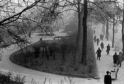 Londres, Grande Bretagne, 1951. Quais de la Tamise, le matin