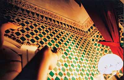 Lara Baladi . El Banquete . Larabesque .Factum Arte, Madrid. 2002 © Lara Baladi